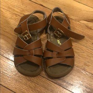Beautiful Salt Water Sandals Size 7